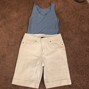 Excellent condition white shorts